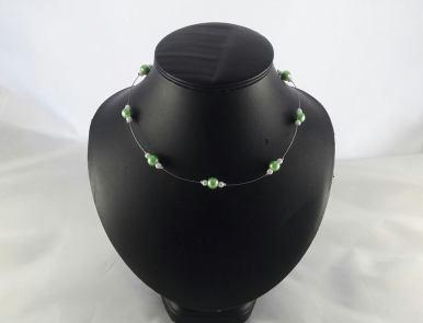 collier camille vert et blanc